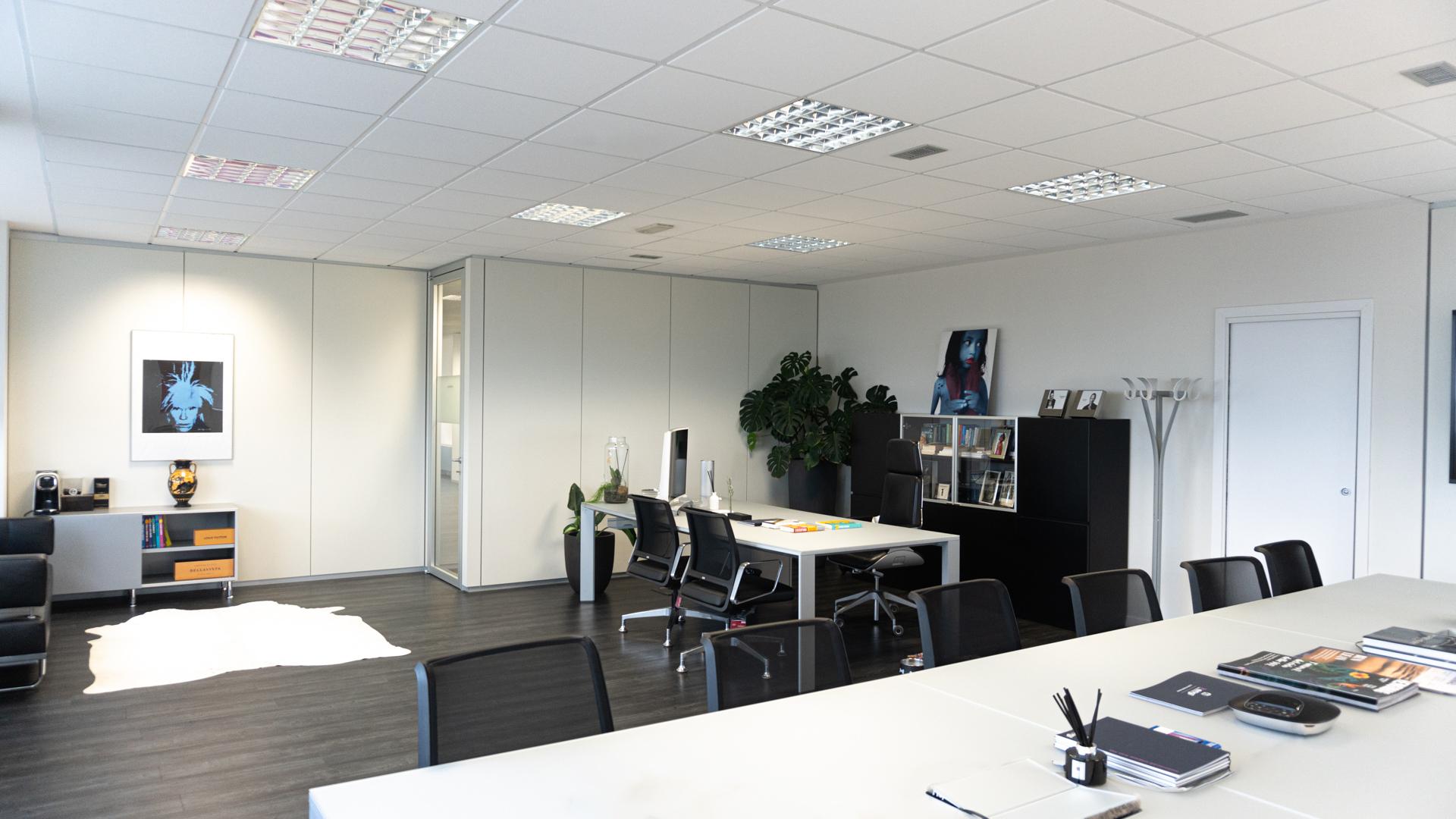 office_-5